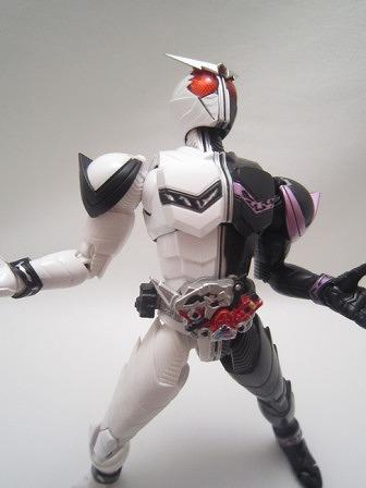 S.H.フィギュアーツ 仮面ライダーW ファングジョーカー