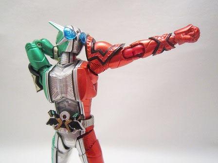 S.H.フィギュアーツ 仮面ライダーW サイクロンアクセルエクストリーム