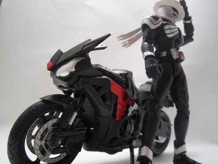 S.H.フィギュアーツ EX スカルボイルダー