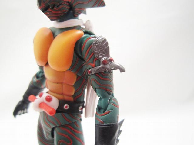 S.H.フィギュアーツ 仮面ライダーアマゾン