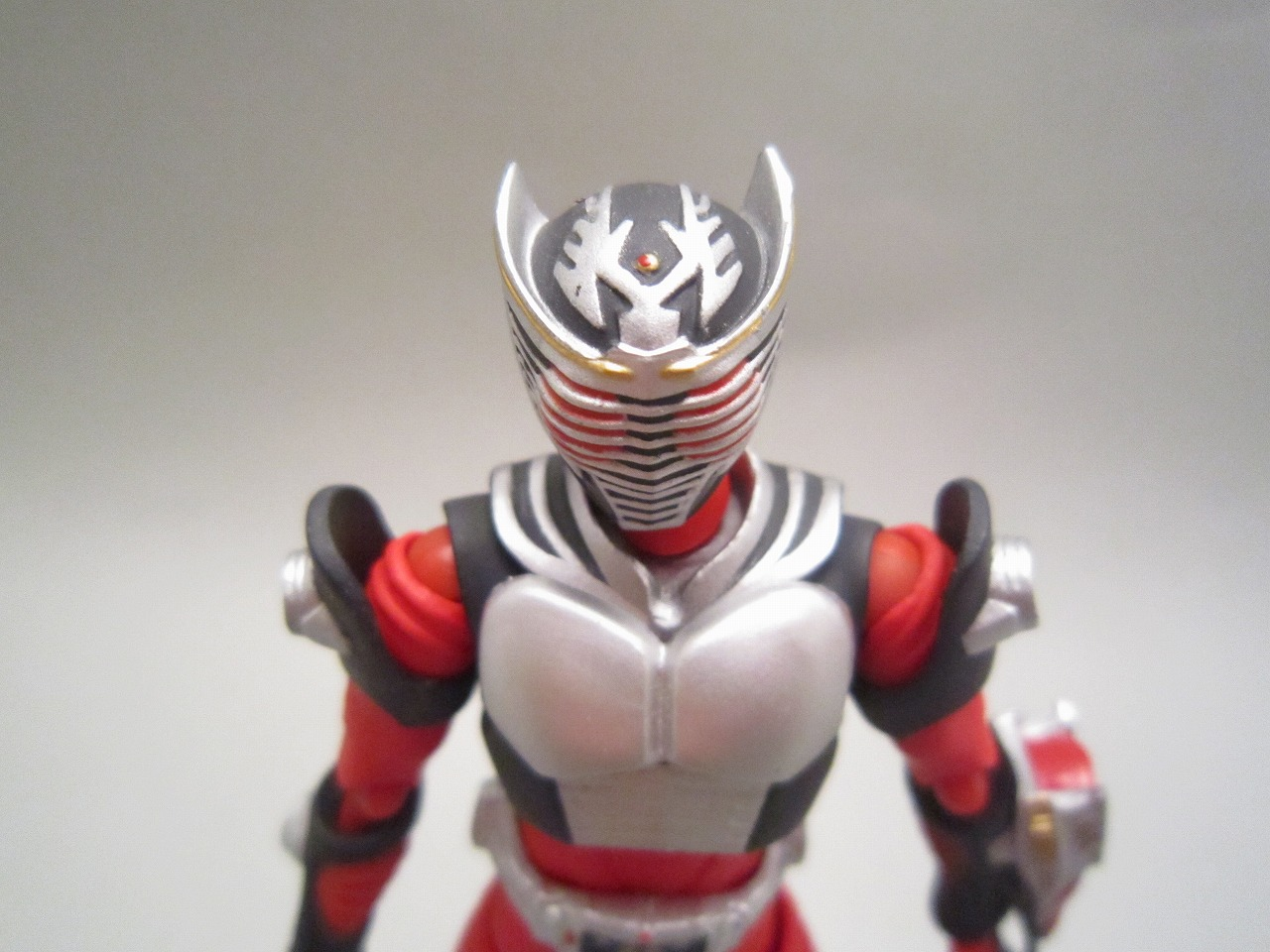figma 仮面ライダードラゴンナイト