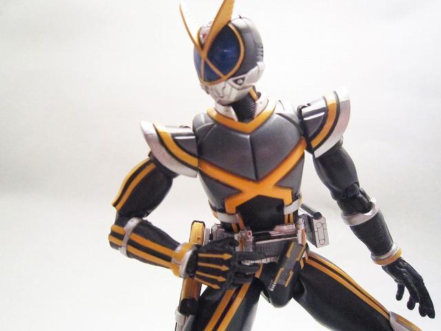 S.H.フィギュアーツ 仮面ライダーカイザ