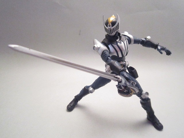 S.H.Figuarts 仮面ライダーナイト&ダークウイングセット