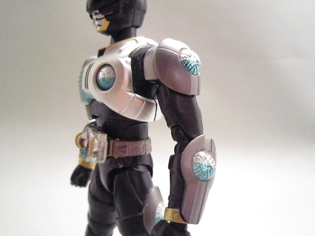 S.H.フィギュアーツ 仮面ライダーバース