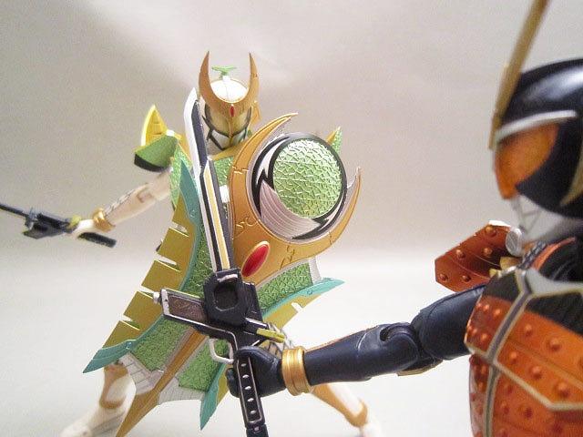S.H.フィギュアーツ 仮面ライダー斬月 メロンアームズ