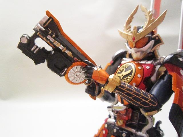 S.H.フィギュアーツ 仮面ライダー鎧武 カチドキアームズ
