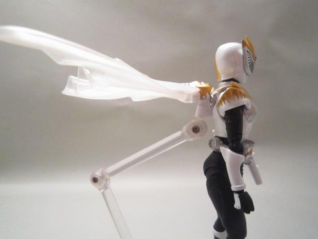 S.H.フィギュアーツ 仮面ライダーファム