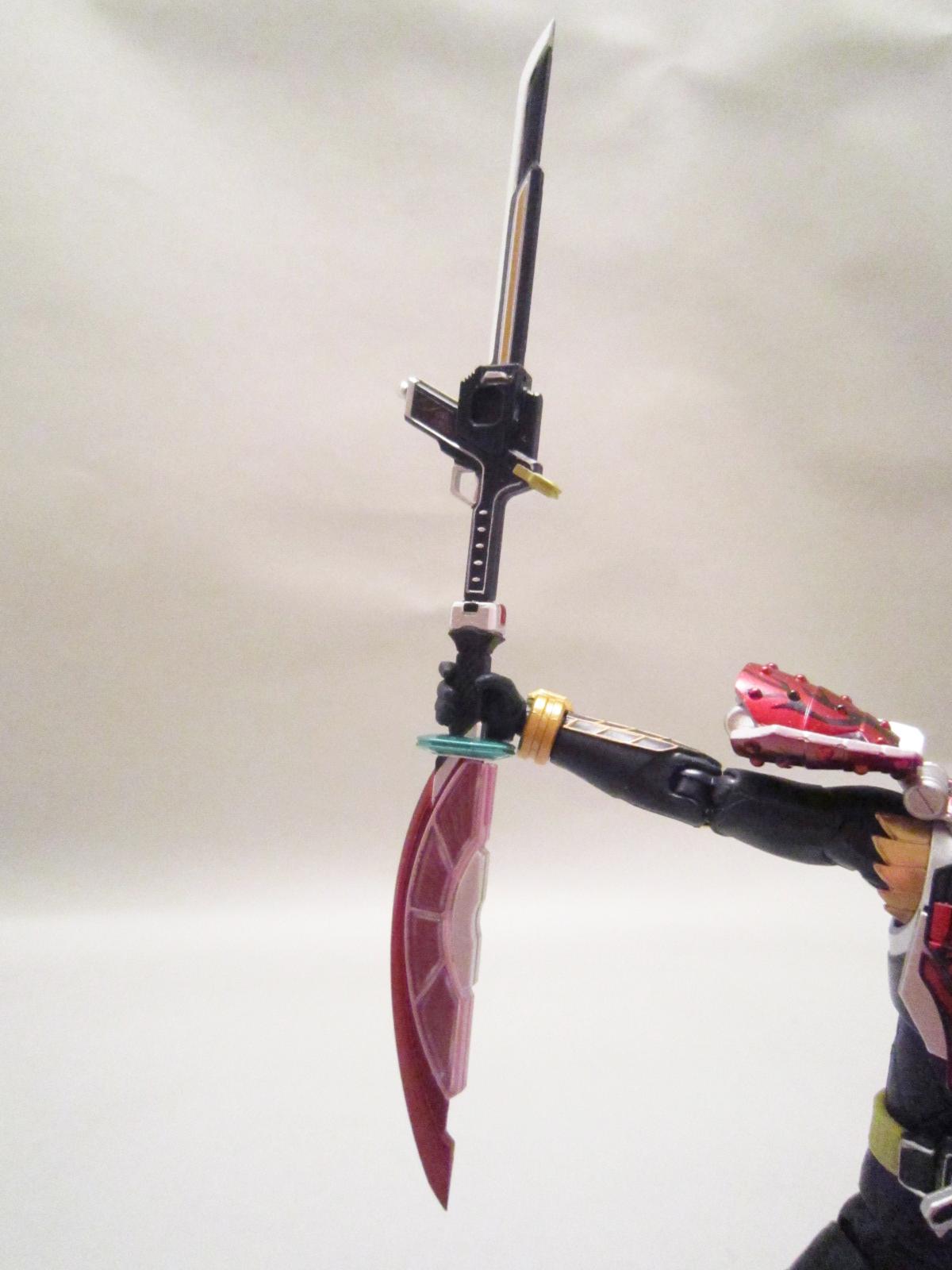 S.H.フィギュアーツ 仮面ライダー武神鎧武 ブラッドオレンジアームズ
