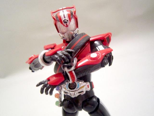 S.H.フィギュアーツ 仮面ライダードライブ タイプワイルド