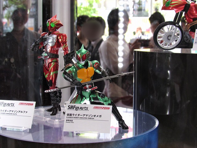 魂フィーチャーズ2016 S.H.フィギュアーツ 仮面ライダーアマゾンズ