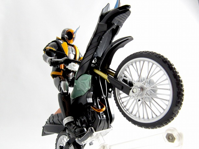 S.H.フィギュアーツ マシンゴーストライカー 仮面ライダーゴースト レビュー