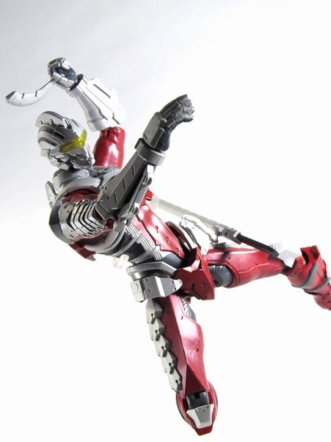 ULTRA-ACT × S.H.フィギュアーツ ULTRAMAN SUIT ver 7.2 レビュー
