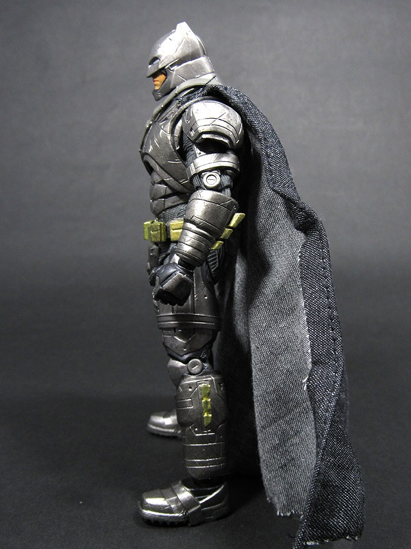 MAFEX マフェックス アーマードバットマン バットマンVSスーパーマン レビュー レビュー