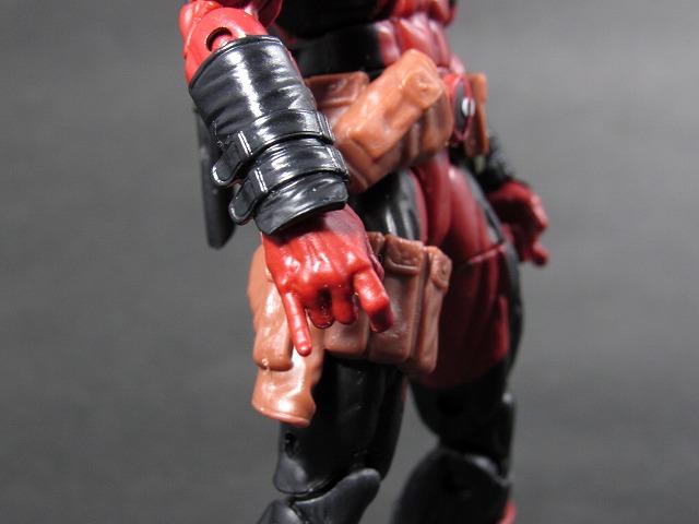 マーベル・レジェンド MARVEL LEGENDS デッドプール(X-MEN ジャガーノートシリーズ) レビュー 全身