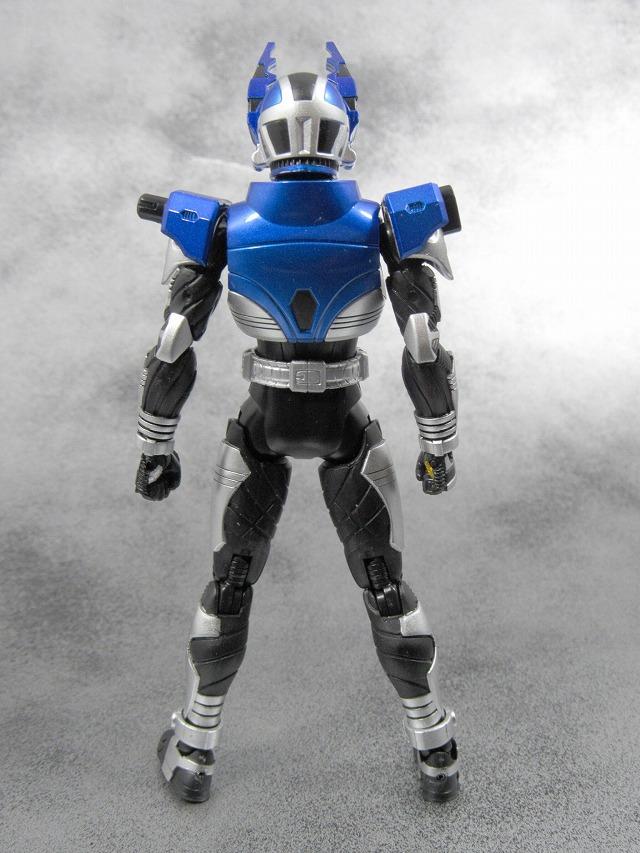 S.H.フィギュアーツ 仮面ライダーガタック ライダーフォーム 真骨彫製法  レビュー レビュー