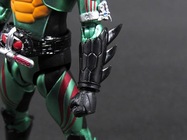 S.H.フィギュアーツ 仮面ライダーアマゾンオメガ レビュー