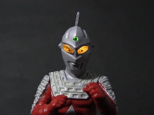 アルティメットルミナス ウルトラマン02(セブン・ダイナ・団地) レビュー