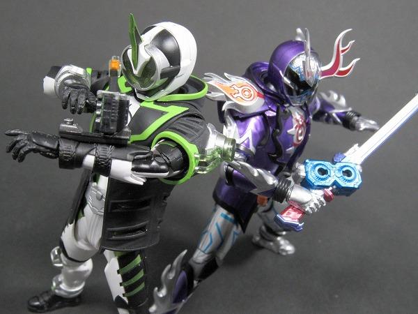 S.H.フィギュアーツ 仮面ライダーディープスペクター レビュー