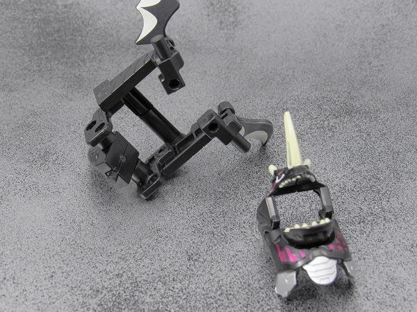 装動 仮面ライダーエグゼイド STAGE4 レベル5 ドラゴナイトハンター ハンターゲーマーレベル5 ゴーストゲーマー レベル1 バグスターレビュー