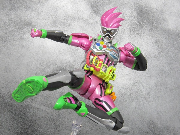 S.H.フィギュアーツ 仮面ライダーエグゼイド アクションゲーマーレベル2 マイティアクションXビギニングセット レビュー