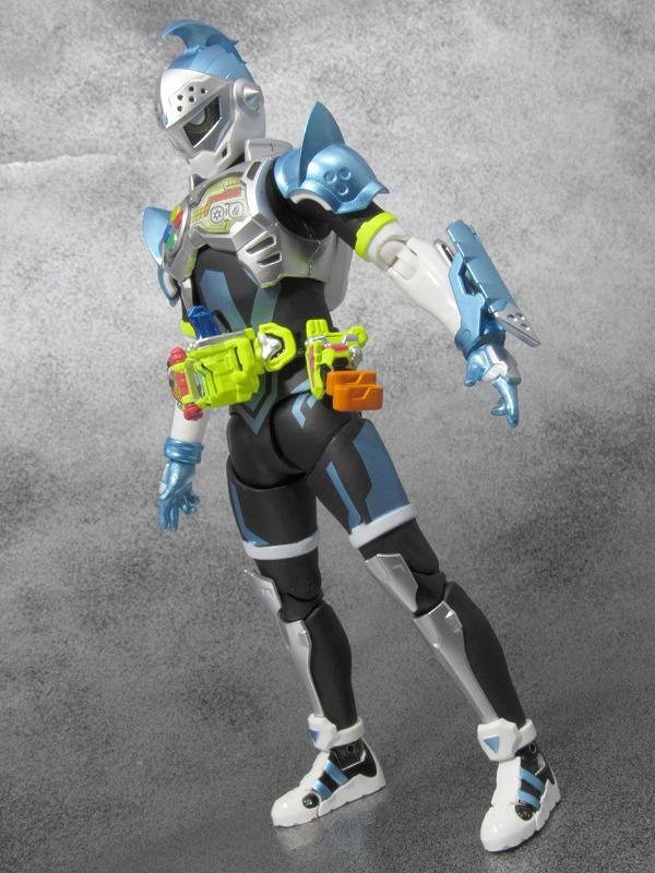 S.H.フィギュアーツ 仮面ライダーブレイブ クエストゲーマーレベル2 マイティアクションXビギニングセット レビュー
