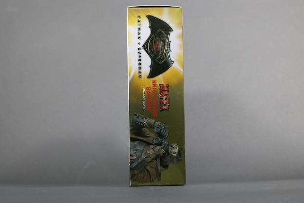 MAFEX ナイトメアバットマン レビュー パッケージ