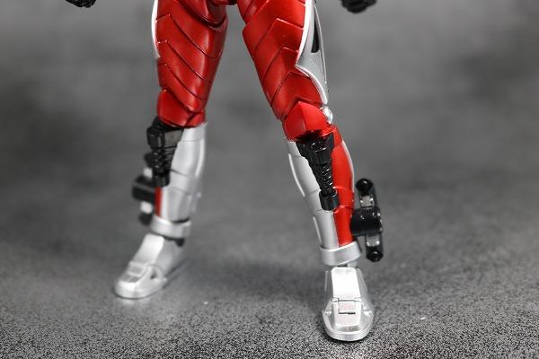 S.H.フィギュアーツ 仮面ライダーアクセル 真骨彫製法 レビュー