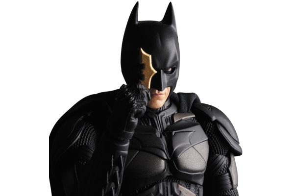 MAFEXから『ダークナイト ライジング』版バットマンがVer3.0として登場!18年3月発売!