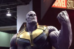 D23expにて『ブラックパンサー』や『ソー:ラグナロク』の衣装や、巨大なサノス像が展示!