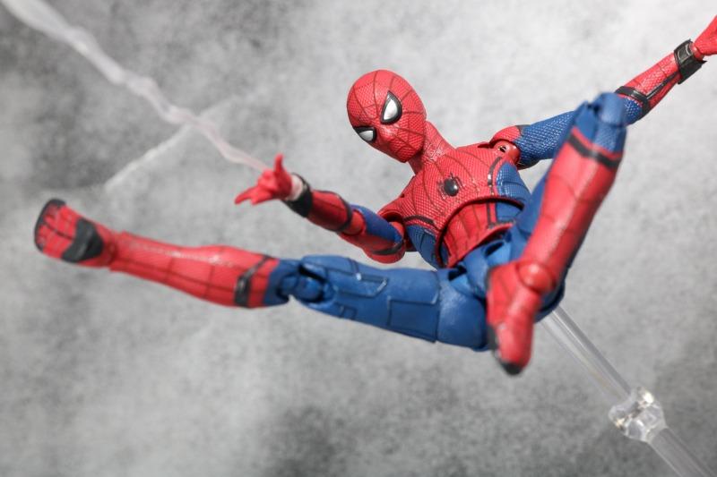 S.H.フィギュアーツ スパイダーマン ホームカミング