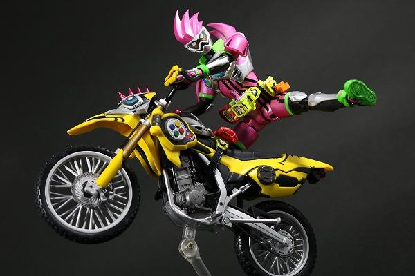 S.H.フィギュアーツ 仮面ライダーレーザー バイクゲーマー レベル2 レビュー
