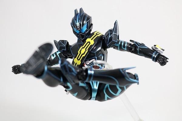 S.H.フィギュアーツ 仮面ライダーダークドライブ タイプネクスト レビュー