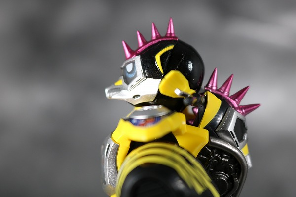 S.H.フィギュアーツ 仮面ライダーレーザー ハンターバイクゲーマ― レベル5 レビュー 可動