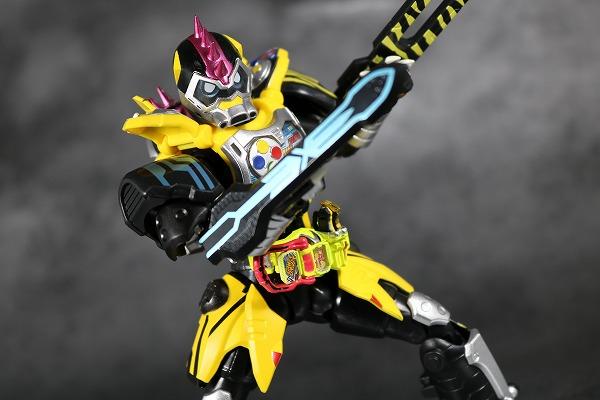 S.H.フィギュアーツ 仮面ライダーレーザー ハンターバイクゲーマ― レベル5 レビュー アクション