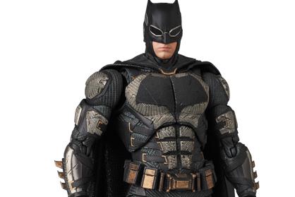 MAFEX新作!『ジャスティスリーグ』からタクティカルスーツ版バットマンが登場!