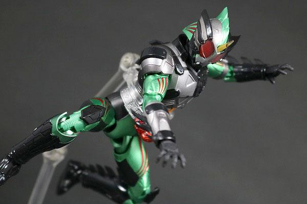 S.H.フィギュアーツ 仮面ライダーアマゾン ニューオメガ レビュー アクション