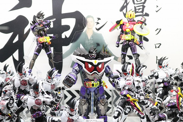 S.H.フィギュアーツ新作!黎斗神祭!ゲンム レベルビリオン&スポーツゲーマーレベル3が登場!