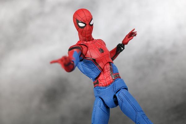 MAFEX スパイダーマン ホームカミング レビュー アクション