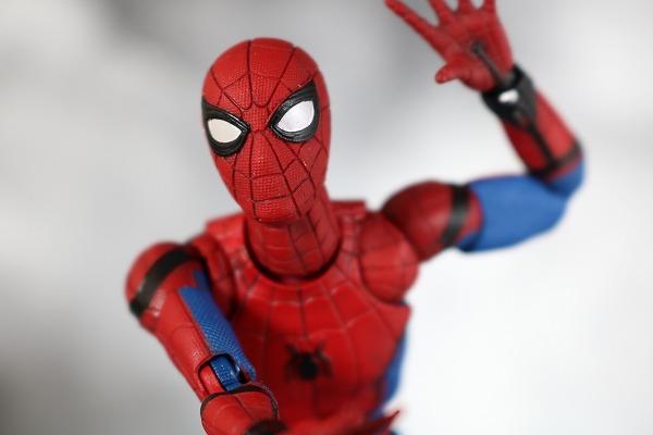 MAFEX スパイダーマン ホームカミング Ver. レビュー