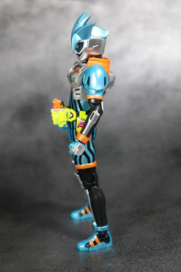 S.H.フィギュアーツ 仮面ライダーエグゼイド ダブルアクションゲーマー レベルXX レビュー L 全身