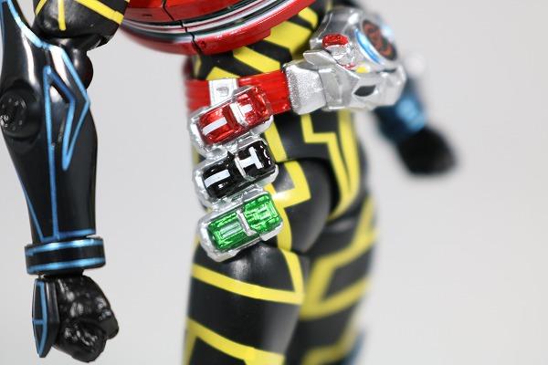 S.H.フィギュアーツ 仮面ライダードライブ タイプスペシャル レビュー 全身