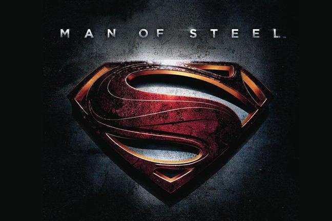 ヘンリー・カヴィル、スーパーマン役を降板か?後枠には『スーパーガール』の映画化も