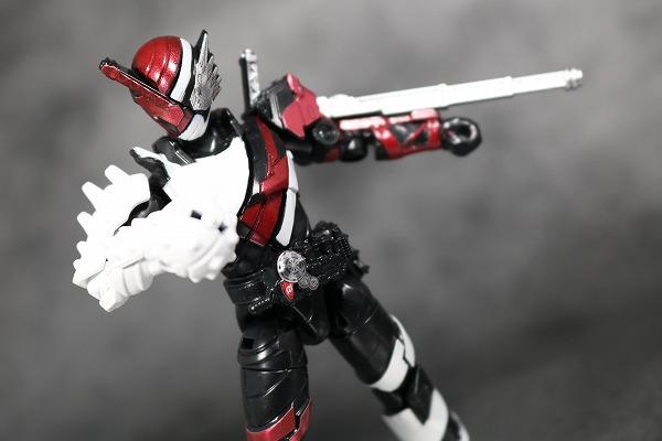 創動 仮面ライダービルド BUILD3 ファイヤーヘッジホッグ アクション  レビュー