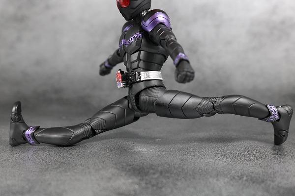 S.H.フィギュアーツ 仮面ライダージョーカー 真骨彫製法 レビュー 可動