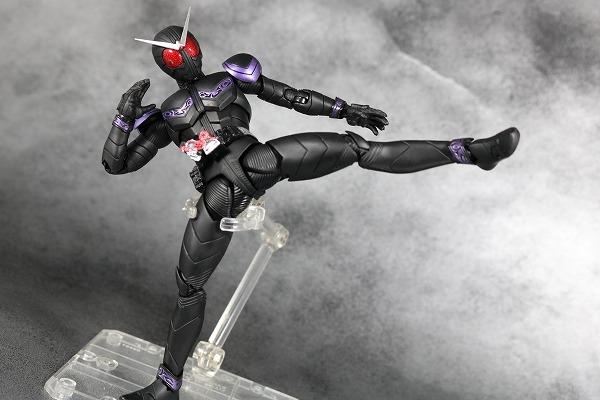 S.H.フィギュアーツ 仮面ライダージョーカー 真骨彫製法 レビュー アクション