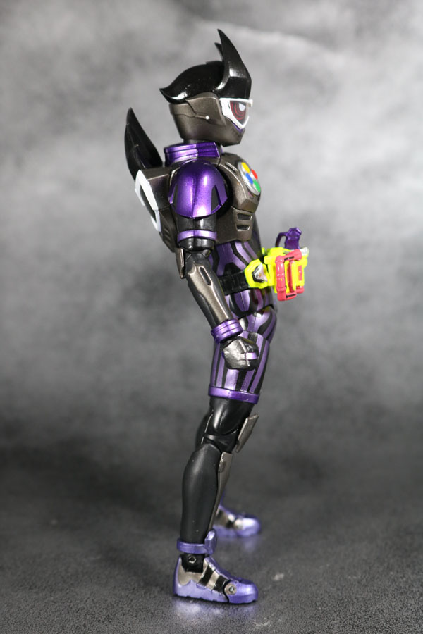 S.H.フィギュアーツ 仮面ライダーゲンム アクションゲーマー レベル2 スポーツゲーマ レビュー 全身