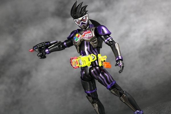 S.H.フィギュアーツ 仮面ライダーゲンム アクションゲーマー レベル2 スポーツゲーマ レビュー アクション