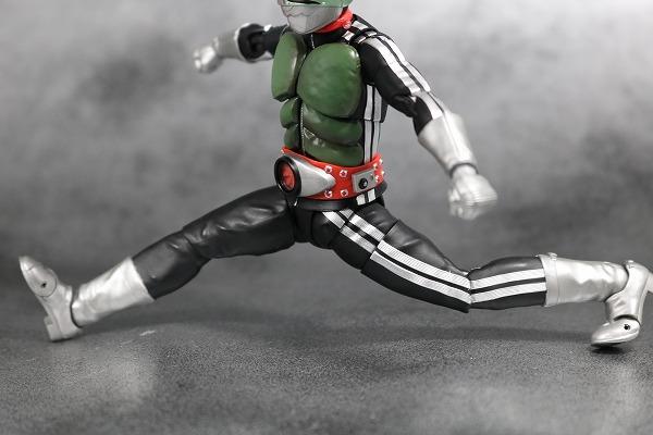 S.H.フィギュアーツ 仮面ライダー新1号 真骨彫製法 レビュー 可動