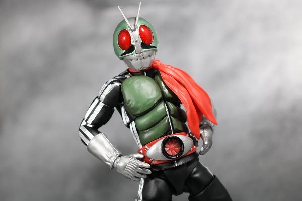S.H.フィギュアーツ 仮面ライダー新1号 真骨彫製法 レビュー アクション