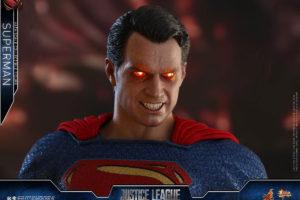 ホットトイズ新作!『ジャスティスリーグ』版スーパーマンが登場!ライトアップ機能も搭載!